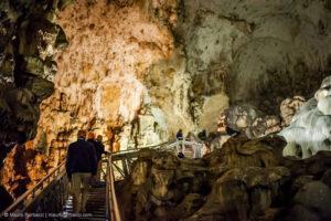 Itinerari e percorsi in Umbria - alla scoperta delle grotte del Monte Cucco